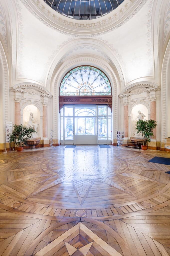 Hall principal du Palais Lumière